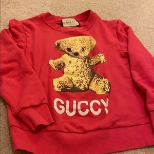 Pink Sweatershirts with cute little bear in middle